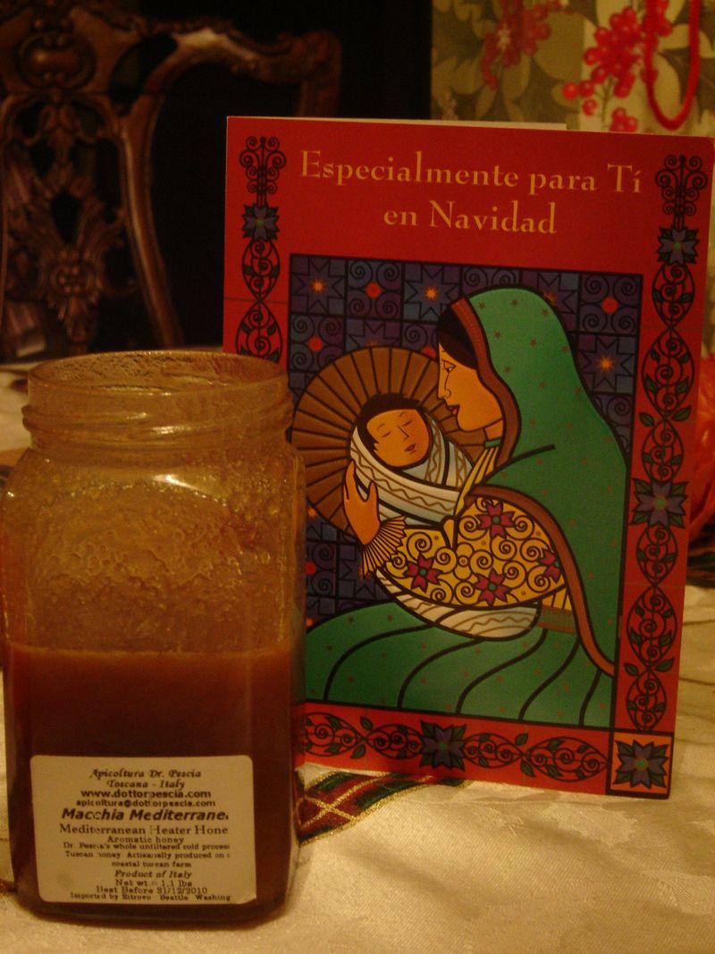 Honey from heather flowers in tuscany, xmas card in spanish
